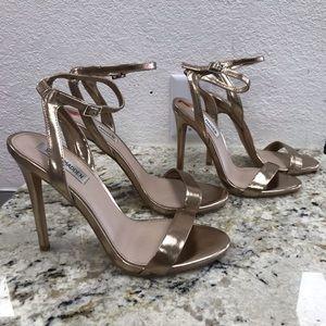 NWOT Steve Madden Rose Gold Single Strap Heels